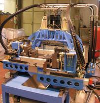 自动冲床 / 液压 / 用于塑料材质导管 / 高速