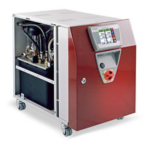 带触摸屏温控器 / 水或油循环 / 用于热通道系统