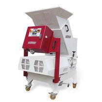卧式研磨机 / 用于塑料 / 压机底部