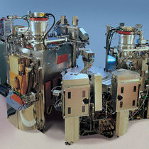 PVD镀膜机 / 通过离子束辅助