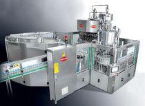 瓶子灌装机 / 自动 / 质量流量计式 / 液体