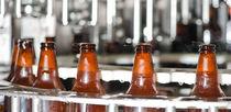玻璃瓶灌装机 / 自动 / 用于啤酒 / 电动压气
