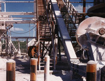 链条式输送机 / 用于建筑工地 / 用于散装材料 / 封闭